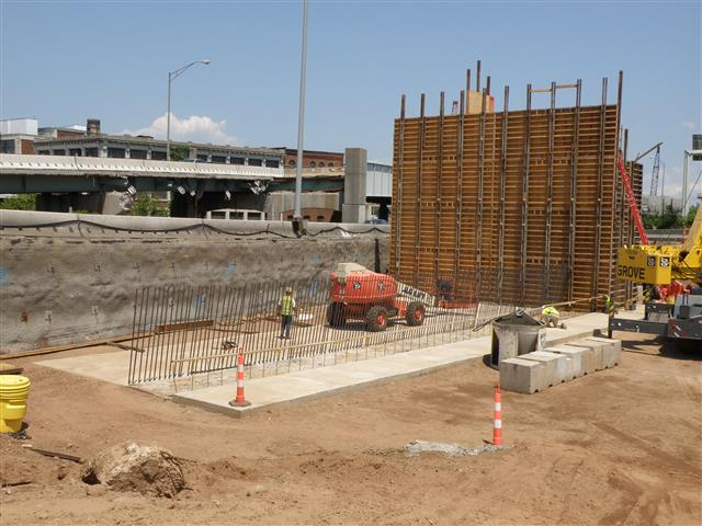 Construction of bridge abutment for I-95 Southbound Exit Ramp onto Route 34.