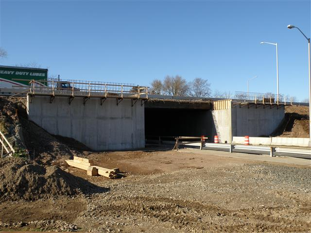 Reconstruction of the I-95/I-91/Route 34 Interchange