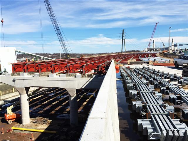 New structural steel for the I-95 Southbound West Approach structure