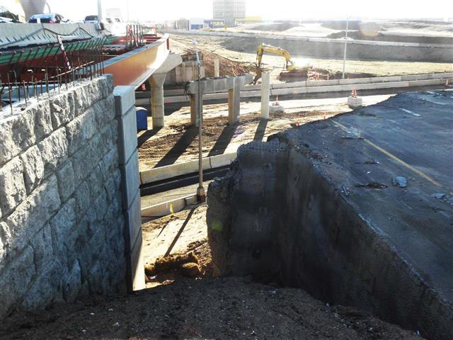 Removal of the old I-91 Southbound to I-95 Southbound bridge