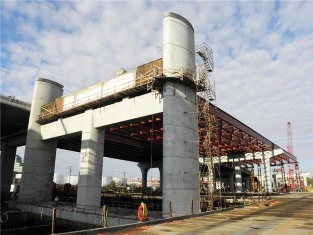 Completed I-95 SB Q-Bridge Anchor Pier AP-1 and structural steel for the I-95 SB Q-Bridge West Approach Structure